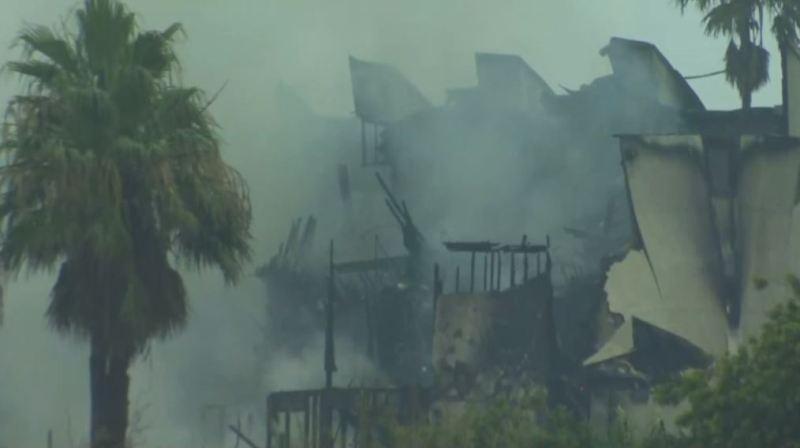 Se incendia condominio en la Isla del Padre Sur