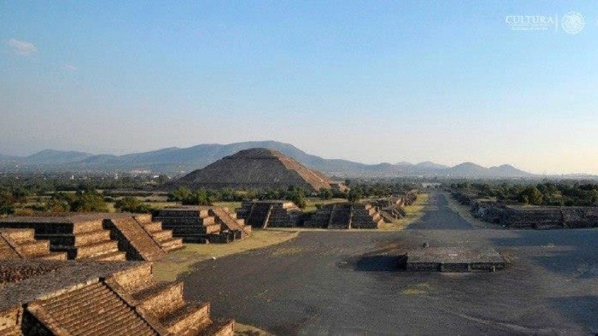 mexico-teotihuacan-piramides