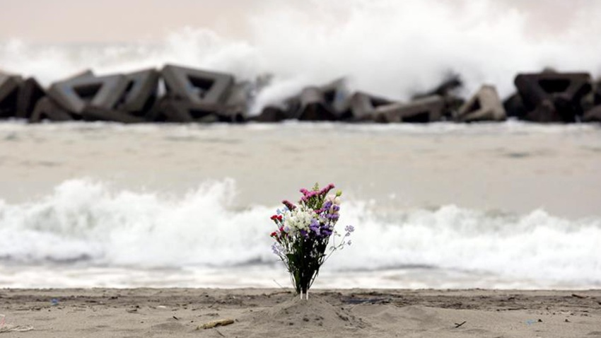 reabren-playa-japon-tsunami