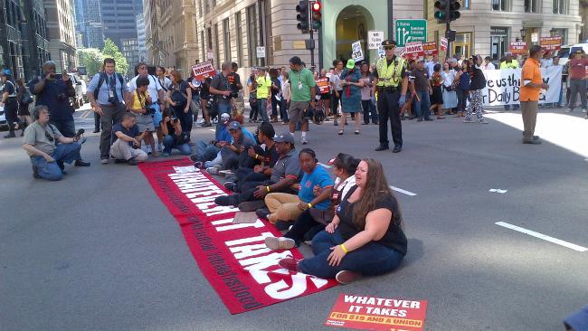 tlmd_protesta_salario_minimo_fast_food_boston