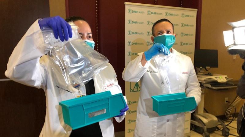 Así vacunaron a trabajadores de primera línea de DHR Health