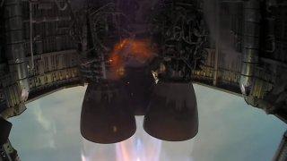 foto del interior del prototipo de cohete.