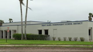 edificio del distrito escolar de Point Isabel
