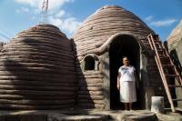 Un proyecto de una organización en México ayudará a varias familias que lo perdieron todo por los terremotos. Las casas antisísmicas prometen dejar atrás...