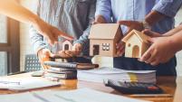 Un reporte del Instituto de Arquitectos indica que los servicios en diseño de bienes raíces comercial cayó en agosto.