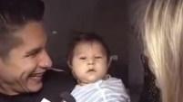 Un Nuevo Día tuvo una visita exclusiva con la familia que integra con su esposa, Natasha, la mamá del pequeño de dos meses. Para ver...