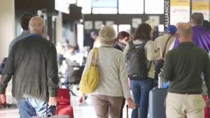 Consejos sobre cómo ahorrar en la compra de boletos de avión