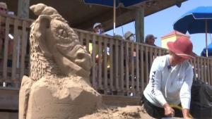 Esculturas de arena en la Isla del Padre Sur
