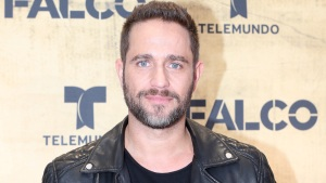 "Michel Brown regresa a la pantalla de Telemundo con ""Falco"""