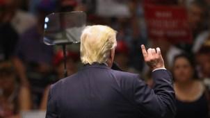 Trump planea decir qué hará con los indocumentados
