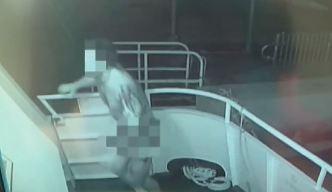 Insólito: buscan a ladrón que roba desnudo