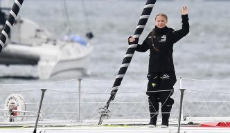 Llega a EEUU la niña activista tras cruzar Atlántico en velero