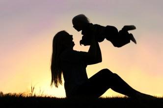 CNBC: cuánto se invierte en la crianza de un hijo en EE.UU.