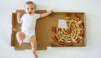 """Viral: """"Pizza baby"""" se roba corazones en internet"""