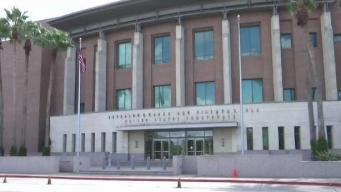 Entablan demanda sobre condiciones en centros de detención