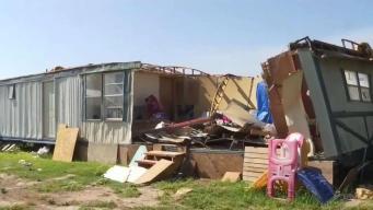 Piden ayuda tras perder su hogar por fuertes vientos