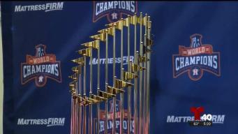 Trofeo de los Houston Astros de visita por el Valle