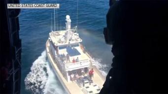 Rescatan a anciano con derrame cerebral de barco pesquero