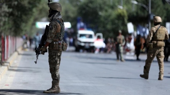 Ataque suicida deja baño de sangre en mitín político