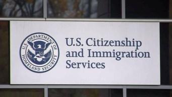 USCIS cerrará sus operaciones en el exterior