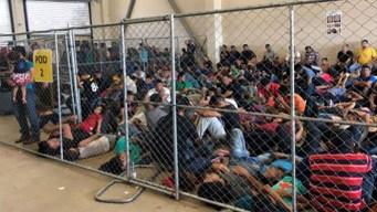 Texas: Muestran centros atestados de inmigrantes detenidos