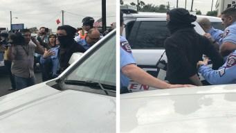 Arrestan a dos manifestantes ante visita de Trump