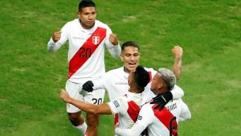 Perú golea a Chile y enfrentará a Brasil en la final