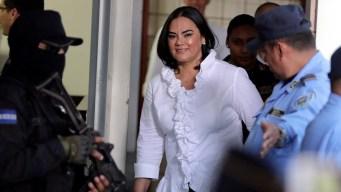 Honduras: 58 años de cárcel a exprimera dama