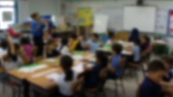 Madre acusa a maestra de abuso verbal y físico a su hijo