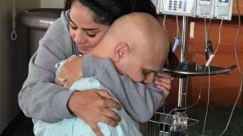 Paciente de cáncer gana 100 mil dólares en concurso
