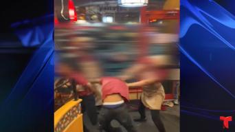 Viral: clientes presencian brutal pelea en restaurante