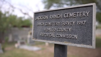 Temen que muro fronterizo destruya histórico cementerio