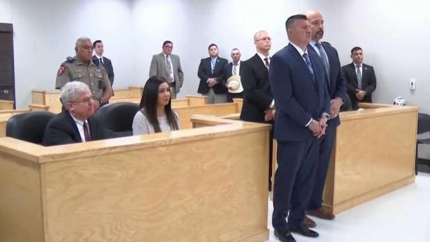 [TLMD - McAllen] Alcalde se entrega por acusaciones de fraude electoral
