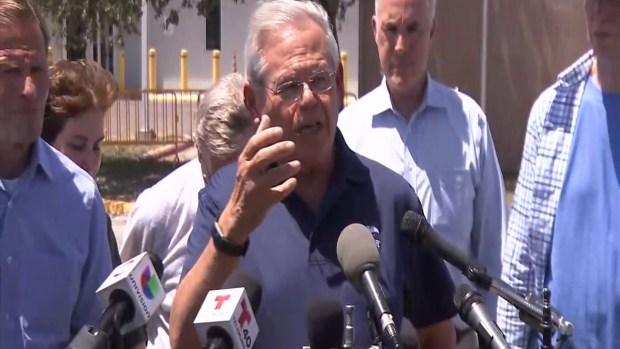 [TLMD - McAllen] Bob Menéndez habla sobre cuántos de los detenidos tienen delitos