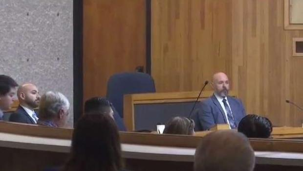[TLMD - McAllen] Comienzan a testificar en juicio de exjefe de bomberos