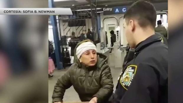 [TLMD - NY] Controversia por detención de vendedora de churros