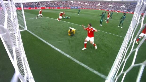 [World Cup 2018 PUBLISHED] Gazinsky adelanta a Rusia y se convierte en el primer goleador del Mundial