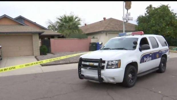 [TLMD - AZ] Hombre de Phoenix estrangula a su esposa a muerte, según la policía