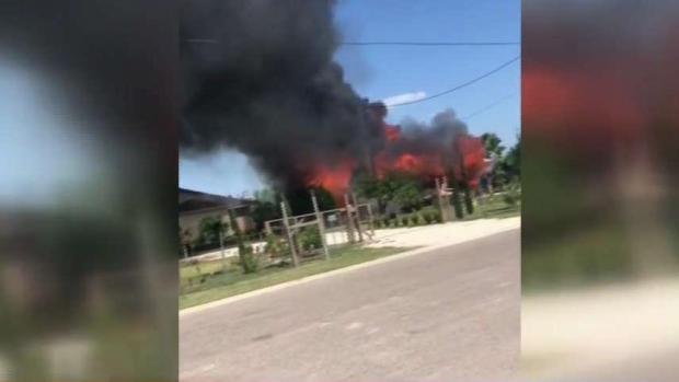 [TLMD - McAllen] Incendio devora vivienda y deja a familia en la calle