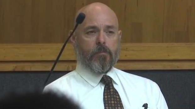 [TLMD - McAllen] Inicia juicio de exjefe de bomberos de Brownsville