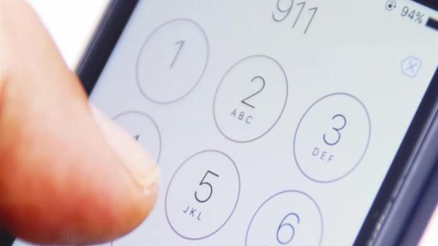 [TLMD - NATL] Increíble: niña llama al 911 cuando abuela colapsa en su casa