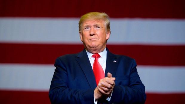 [TLMD - NAT] Sondeo: 49% cree que Trump debería ser destituido