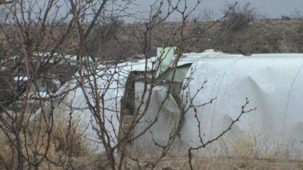Texas: Autobús cae sobre tren y deja 10 muertos