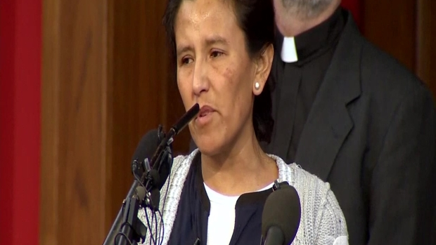 Mexicana se refugia en iglesia por temor a deportación