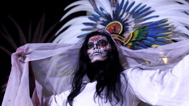 """El lamento de """"La Llorona"""" resuena en Xochimilco"""