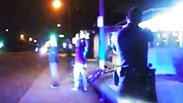 Video: Policía de Gardena enfrenta escándalo