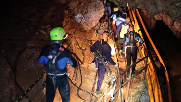 Confirman el inicio del rescate de los 13 atrapados en Tailandia