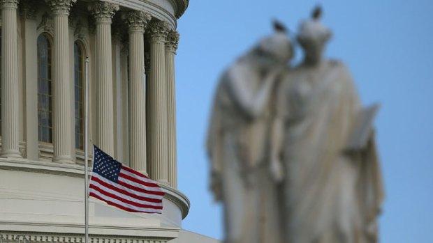 Video: Republicanos dicen no a subida salarial