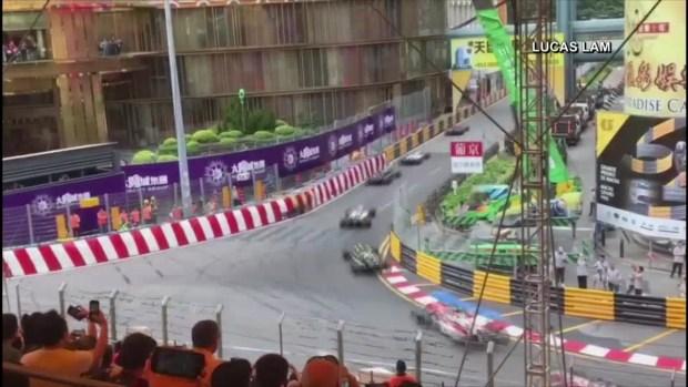 [TLMD - LV] Captan en video brutal accidente en auto de carreras