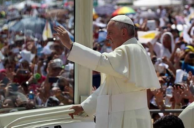 Papa Francisco ya está en Bolivia